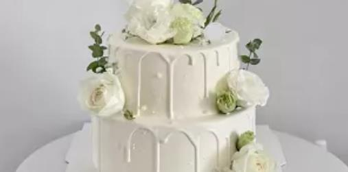 【三环内免费配送丨4店通用】生活需要加点甜!¥118抢价值329元「椿甜」8+6寸双层蛋糕!¥148抢10+8寸双层蛋糕