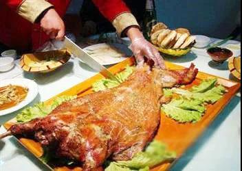 【沈桥商业街】地道内蒙草原羊!外酥里嫩又多汁!仅¥248起抢「大碗羊肉汤」=羊腿套餐/烤全羊毛重约45斤/65斤套餐!