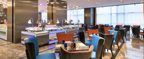 【龙首原商圈】星级酒店出品 ,让你尽享饕鬄盛宴!¥118抢价值238元「印力诺富特酒店」周末单人自助餐!228元=周末2大1小!