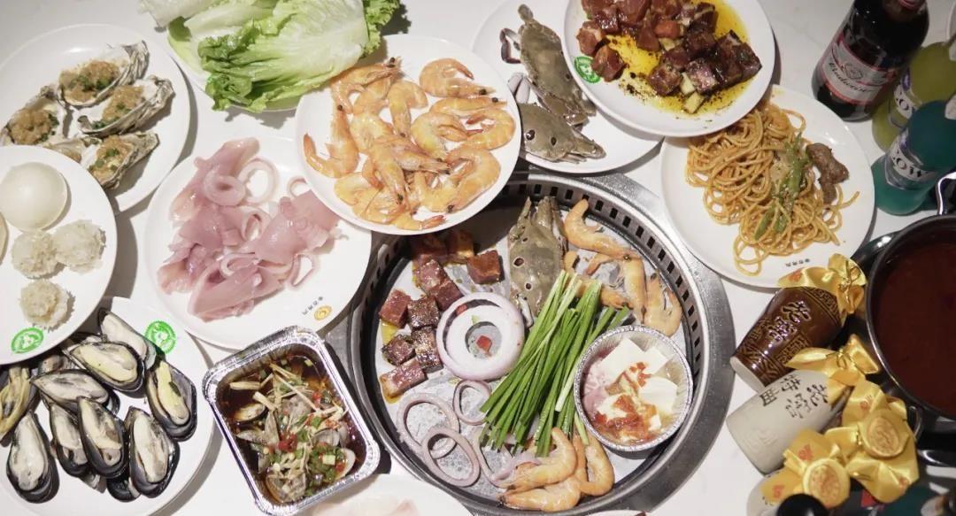 【金牛区万达广场·亲古烤肉自助餐】敞开你的256G胃,嗨吃不停!前500份限量¥59抢价值89单人自助烤肉套餐!