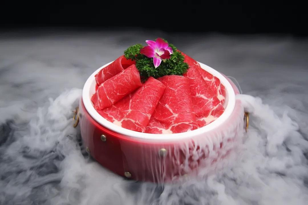 【鲁西肥牛 6店通用】火锅界的小鲜肉!9.9元抢100元代金券!可叠加2张!老少皆宜,中国名火锅!