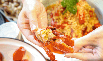 """【五一通用丨未央区大明宫万达】亲民价格,让你""""壕""""吃小龙虾!¥128抢价值880元「十全鲂海鲜烧烤」6-8人餐=10斤香辣小龙虾!"""