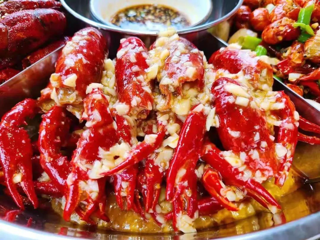 【青羊 西村】五种口味小龙虾一网打尽!¥188抢价值488「二筒小龙虾」拼盘套餐!油焖、蒜蓉、清蒸、秘制卤虾、麻辣虾尾!这波不上,更待何时