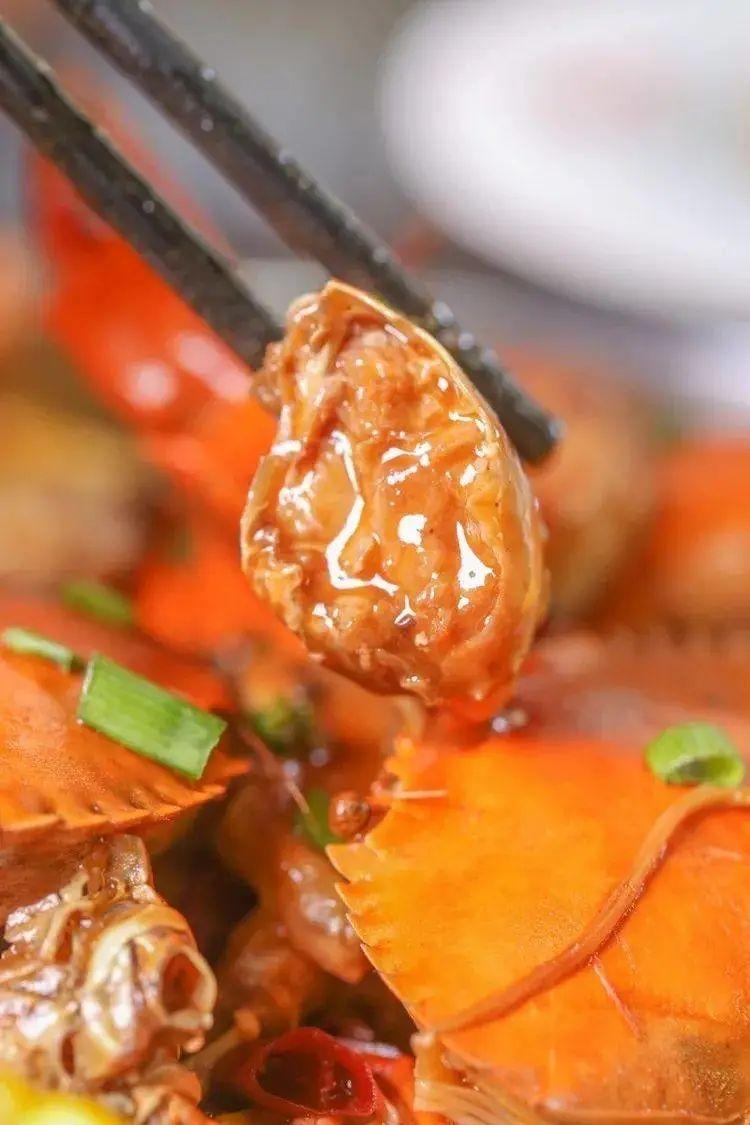 【淮河路步行街】人均20+!火遍全国的肉蟹煲大佬3.5折吃!仅¥88抢「新胖子肉蟹煲」2-3人套餐=肉蟹煲+牛肉丸+金针菇等