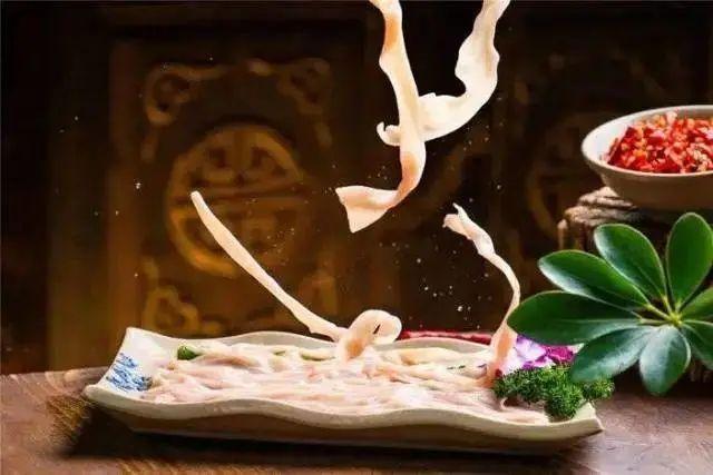 【五江天街店·小龙坎火锅】火锅控心目中的sheng地!爆款鸳鸯锅来袭!108元起抢2-3人餐=红白鸳鸯锅+四荤四素+小吃
